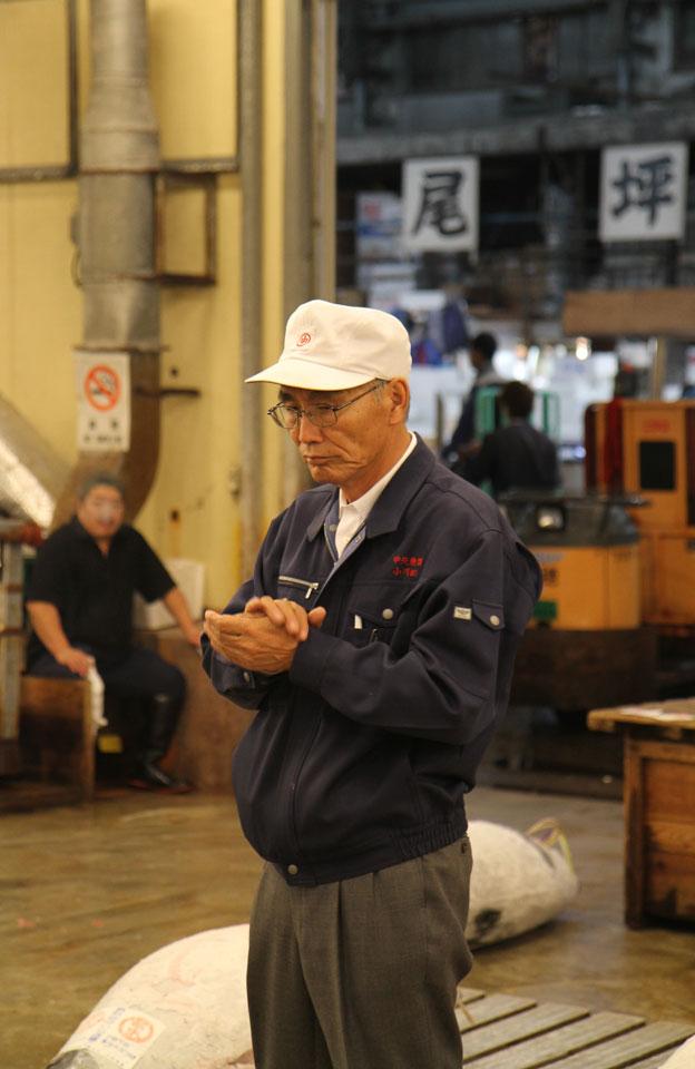 Tsukiji Fischmarkt | Ein zufriedener Käufer