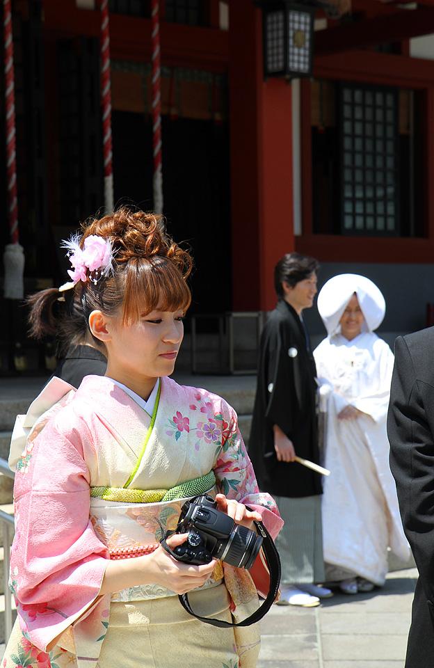 Hiejinja-Schrein | Braut auch hier ganz in weiss