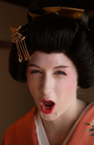 Ito | Geisha-Akademie, keine langjährige Standard-Pose